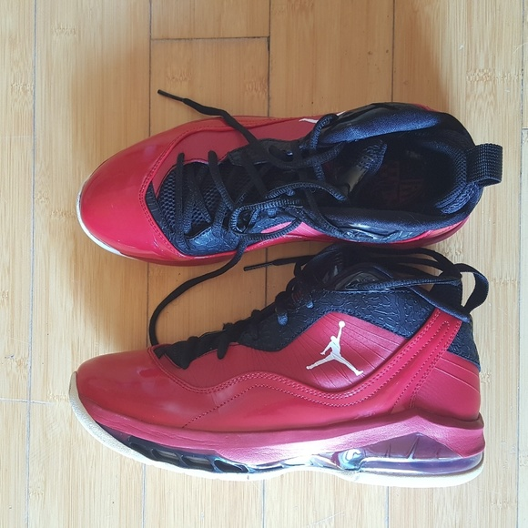 newest 1d399 c356f Nike Air Jordan Melo M8 Gym red white black